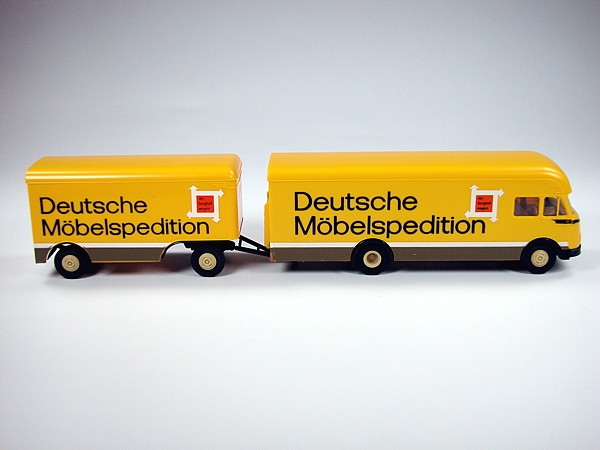 Ackermann Pullmann MB LP322 Deutsche Möbelspedition